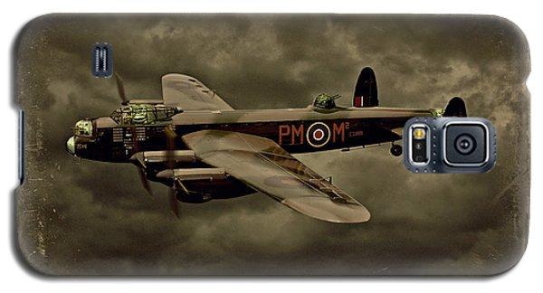 103 Squadron Avro Lancaster Galaxy S5 Case by Steven Agius