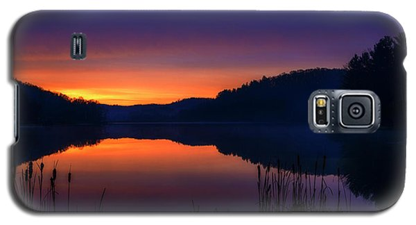 Galaxy S5 Case featuring the photograph Winter Dawn by Thomas R Fletcher
