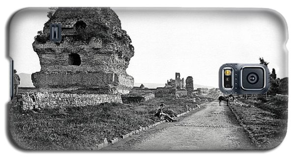 Galaxy S5 Case featuring the photograph 1870 Visiting Roman Ruins Along The Appian Way by Historic Image
