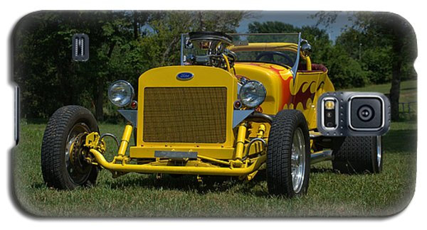 Galaxy S5 Case featuring the photograph 1924 Ford Model T Roadster Hot Rod by Tim McCullough