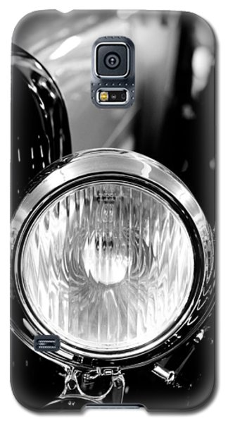 1925 Lincoln Town Car Headlight Galaxy S5 Case by Sebastian Musial