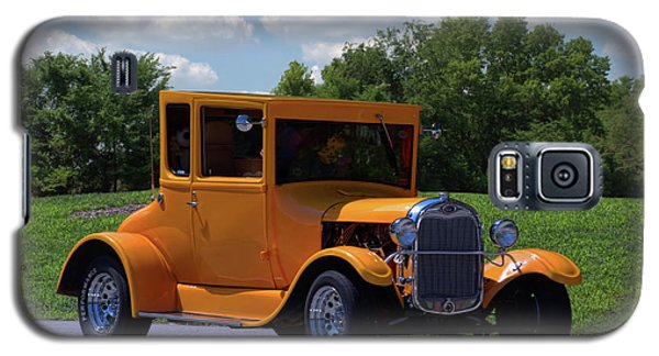 Galaxy S5 Case featuring the photograph 1926 Ford Hot Top T Hot Rod by Tim McCullough