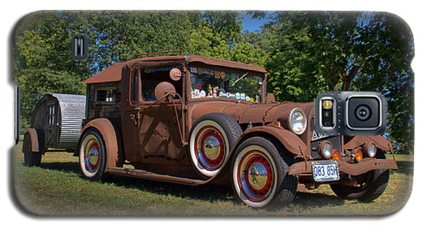 Galaxy S5 Case featuring the photograph 1928 Oldsmobile Camper Special by Tim McCullough