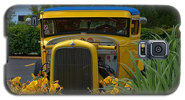 Galaxy S5 Case featuring the photograph 1931 Ford Sedan Hot Rod by Tim McCullough