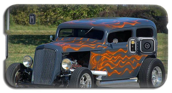 Galaxy S5 Case featuring the photograph 1933 Ford Sedan Hot Rod by Tim McCullough