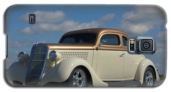 Galaxy S5 Case featuring the photograph 1935 Ford Coupe Hot Rod by Tim McCullough