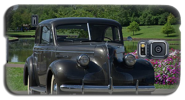 Galaxy S5 Case featuring the photograph 1939 Buick  by Tim McCullough