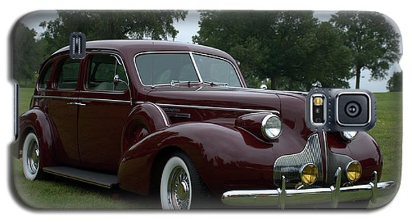 Galaxy S5 Case featuring the photograph 1939 Buick Roadmaster Formal Sedan by Tim McCullough