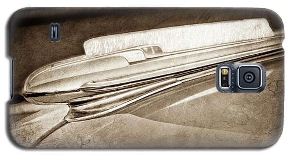 Galaxy S5 Case featuring the photograph 1948 Chevrolet Hood Ornament -0587s by Jill Reger