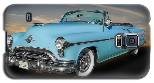 Galaxy S5 Case featuring the photograph 1952 Oldsmobile 98 Convertible by Frank J Benz