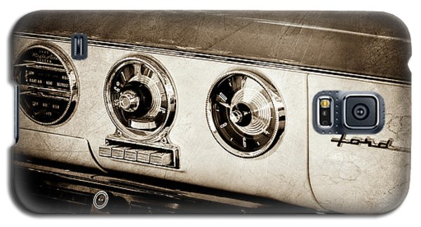Galaxy S5 Case featuring the photograph 1955 Ford Fairlane Dashboard Emblem -0444s by Jill Reger