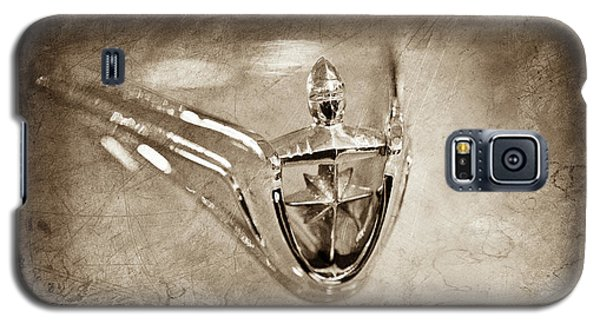 Galaxy S5 Case featuring the photograph 1956 Lincoln Premier Convertible Hood Ornament -0832s by Jill Reger