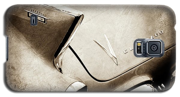 Galaxy S5 Case featuring the photograph 1958 Cadillac Eldorado Biarritz Taillight Emblems -0255s by Jill Reger