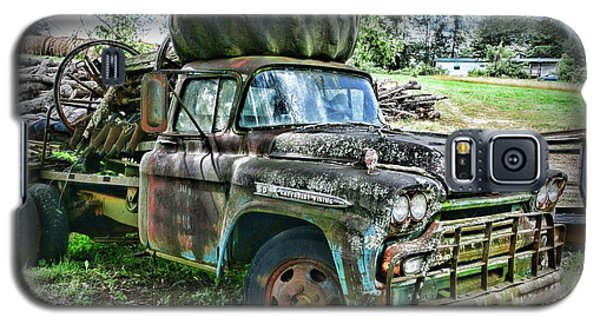Galaxy S5 Case featuring the photograph 1959 Chevrolet Viking 60 by Paul Ward