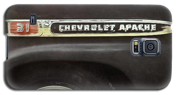 Truck Galaxy S5 Case - 1959 Chevy Apache by Scott Norris