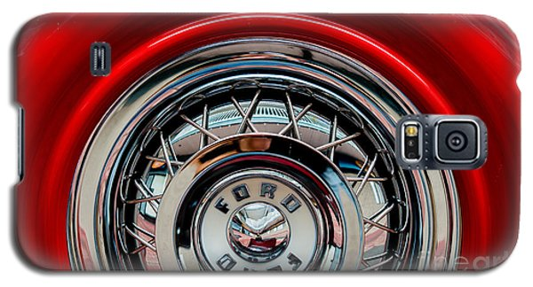 Galaxy S5 Case featuring the photograph 1958 Ford Crown Victoria Wheel by M G Whittingham