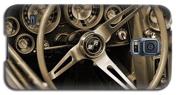 1963 Chevrolet Corvette Steering Wheel - Sepia Galaxy S5 Case by Gordon Dean II