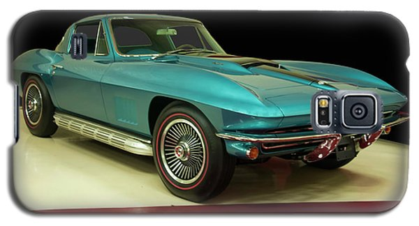 Galaxy S5 Case featuring the digital art 1967 Chevrolet Corvette 2 by Chris Flees