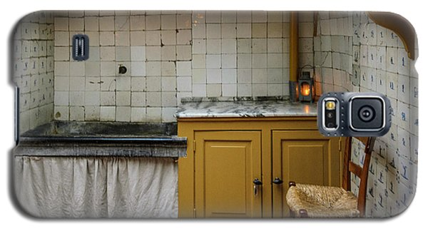 19th Century Kitchen In Amsterdam Galaxy S5 Case by RicardMN Photography