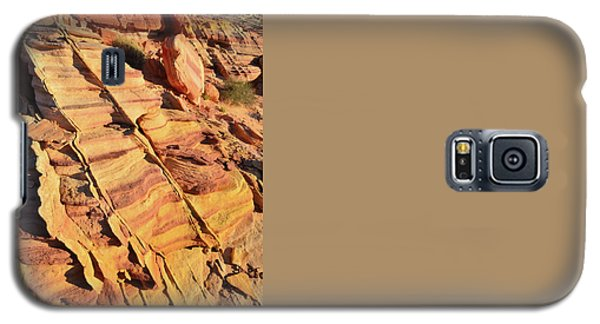 Galaxy S5 Case featuring the photograph Bands Of Color In Valley Of Fire by Ray Mathis