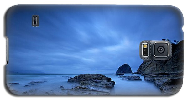 Galaxy S5 Case featuring the photograph Cape Kiwanda by Evgeny Vasenev