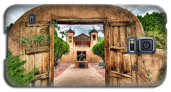 Galaxy S5 Case featuring the photograph Chimayo Church by Anna Rumiantseva