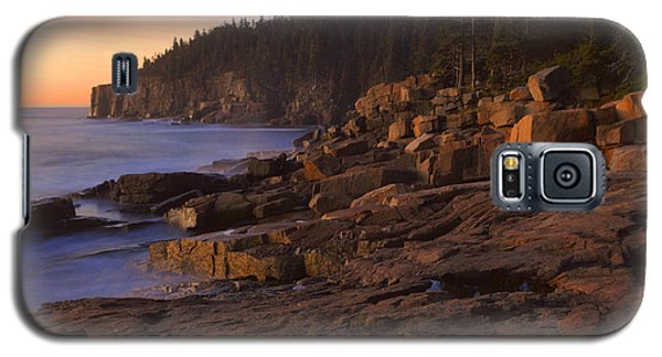 Galaxy S5 Case featuring the photograph Dawn's Early Light by Stephen  Vecchiotti