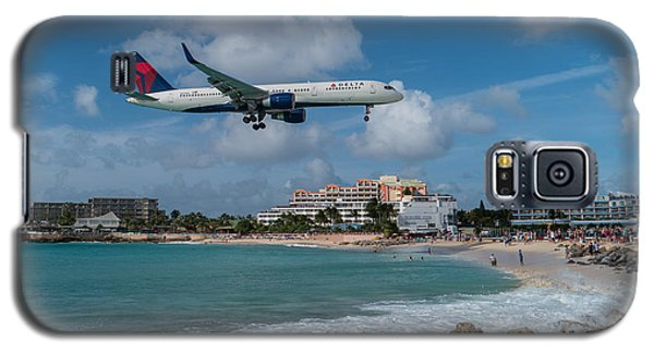 Delta Air Lines Landing At St. Maarten Galaxy S5 Case by David Gleeson