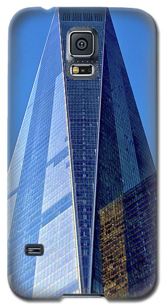 Galaxy S5 Case featuring the photograph Freedom Tower by Mitch Cat