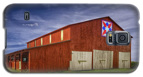 Galaxy S5 Case featuring the photograph Kentucky Quilt Barn by Wendell Thompson
