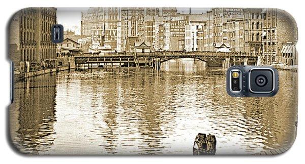 Kilbourn Avenue Bridge, Milwaukee River, C.1915, Vintage Photogr Galaxy S5 Case