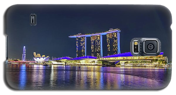 Marina Bay Sands And The Artscience Museum In Singapore Galaxy S5 Case