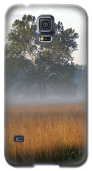 Galaxy S5 Case featuring the photograph Morning Mist by Heidi Poulin