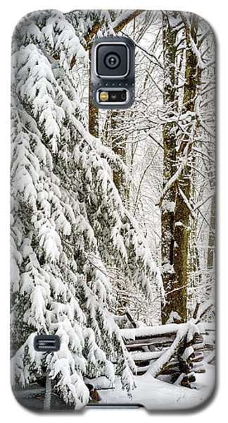 Galaxy S5 Case featuring the photograph Rail Fence And Snow by Thomas R Fletcher