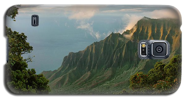 Galaxy S5 Case featuring the photograph Napali Coast Sunset by Stephen  Vecchiotti