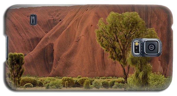 Galaxy S5 Case featuring the photograph Uluru 08 by Werner Padarin
