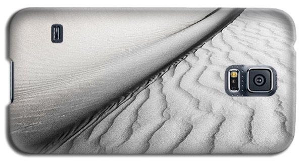 Galaxy S5 Case featuring the photograph Wave Theory Vi by Ryan Weddle