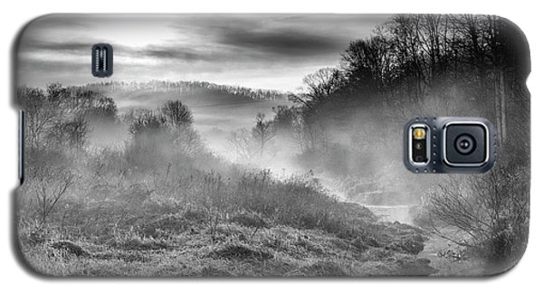 Galaxy S5 Case featuring the photograph Winter Mist by Thomas R Fletcher
