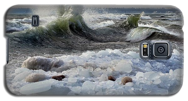 Winter Waves At Whitefish Dunes Galaxy S5 Case