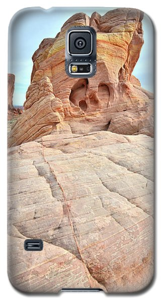 Galaxy S5 Case featuring the photograph Colorful Castle In Valley Of Fire by Ray Mathis