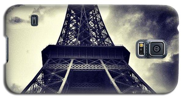 #paris Galaxy S5 Case by Ritchie Garrod