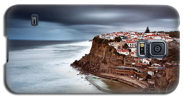 Galaxy S5 Case featuring the photograph Upcoming Storm by Jorge Maia