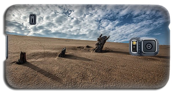 Galaxy S5 Case featuring the photograph 3 Wood At The Sleeping Bear Dunes by John McGraw
