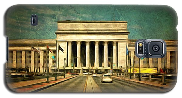 Galaxy S5 Case featuring the mixed media 30th Street Station Traffic by Trish Tritz