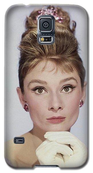 Audrey Hepburn Galaxy S5 Case by John Springfield