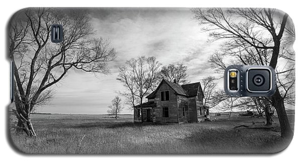Galaxy S5 Case featuring the photograph Forgotten  by Aaron J Groen