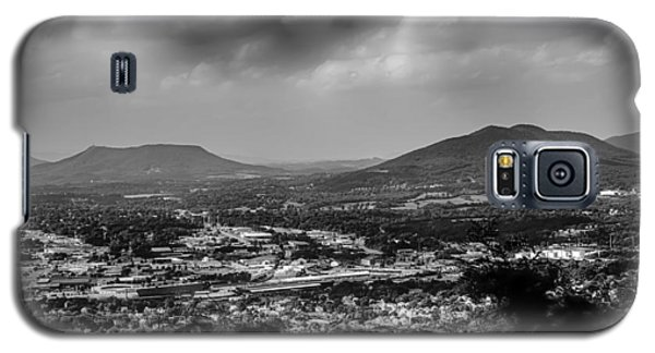Roanoke City As Seen From Mill Mountain Star At Dusk In Virginia Galaxy S5 Case
