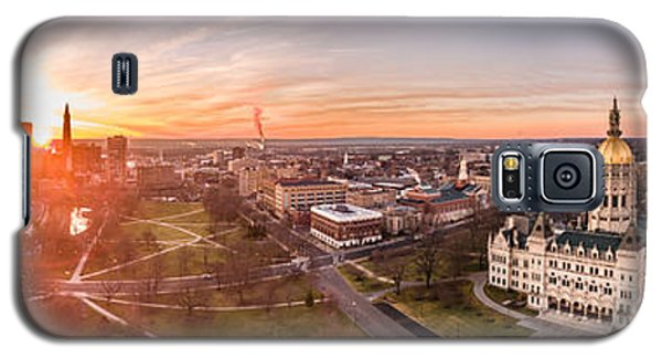 Galaxy S5 Case featuring the photograph Sunrise In Hartford, Connecticut by Petr Hejl