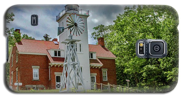 Galaxy S5 Case featuring the photograph 40 Mile Point Lighthouse by Bill Gallagher