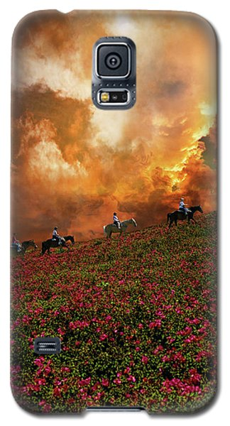 Galaxy S5 Case featuring the photograph 4370 by Peter Holme III